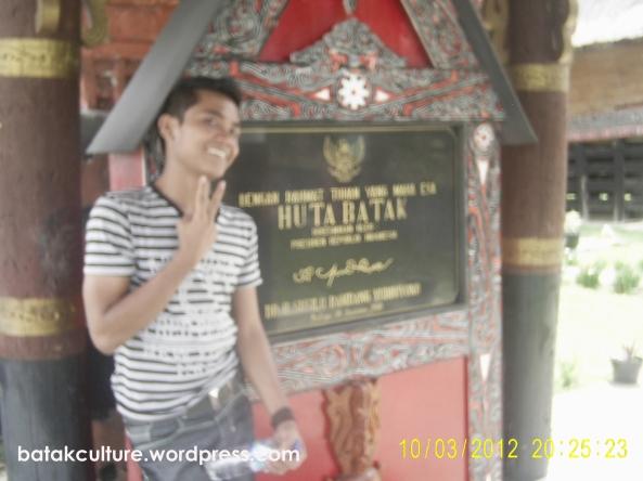 Huta Batak, TB. Silalahi Center