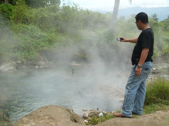 Kolam Air panas Sampuraga