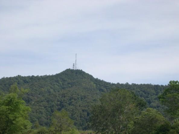 Stasiun TVRI di Simarjarunjung dari kejauhan
